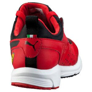 Ferrari_Pit_Lane_Red_bv